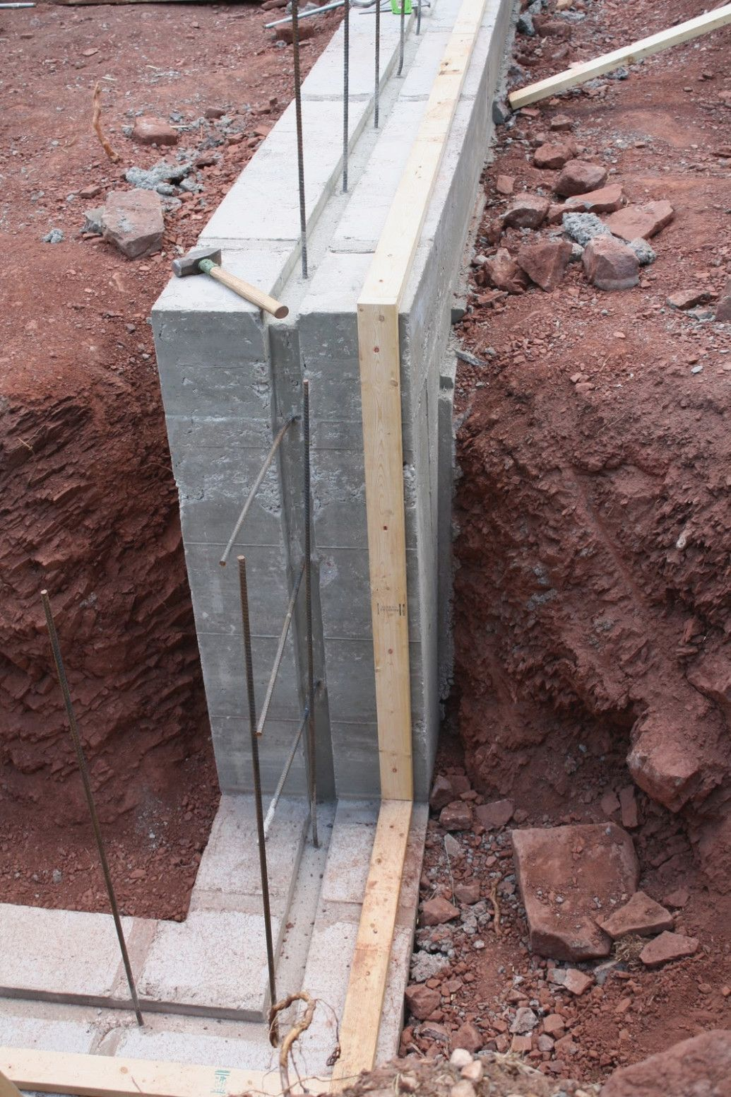 Concrete Wall Form Ties 14 14 8414 Am Impression Therefore Drilling In 2020 Concrete Wall Insulated Concrete Forms Concrete Block Walls