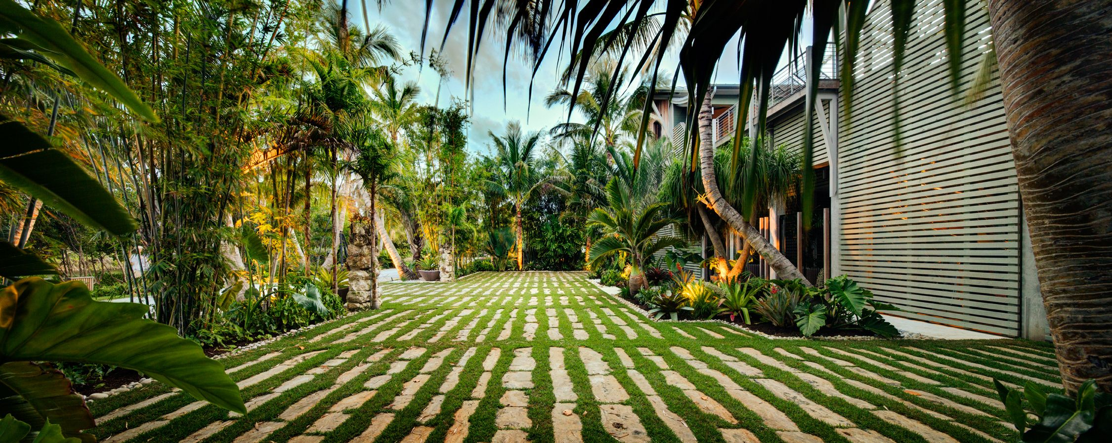 Dwy landscape architects sarasota florida landscape for Best landscape designers