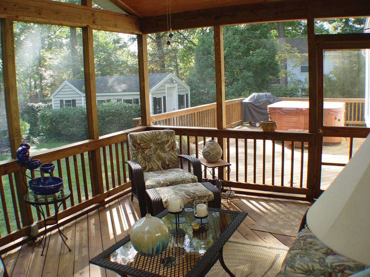 Best 5 Ideas For Covering Your Deck Porch Interior Screened Porch Designs House With Porch