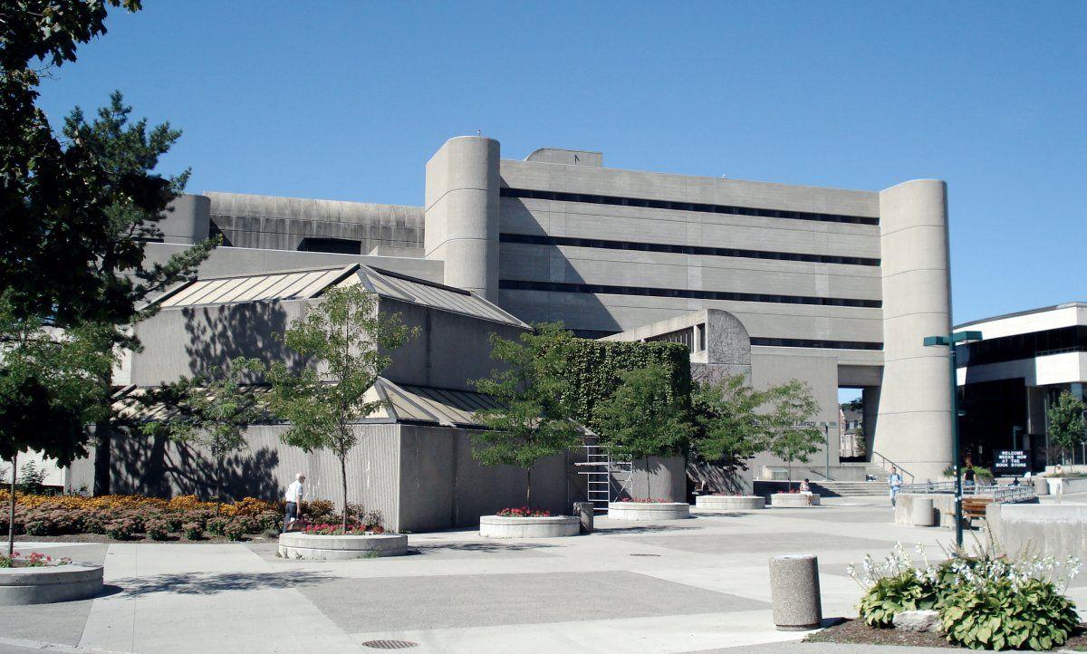 Db Weldon Uwo University Of Western Ontario Western University Brutalist Buildings