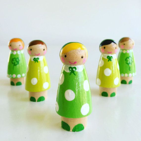 Clever Clover Wooden Peg Dolls/ Set of 5/ Playset/ Necklace/ St. Patrick's Day/ Leprechaun Gifts