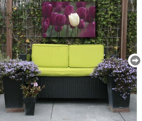 Outdoor canvas art - Beautiful works of art can be displayed outside ...