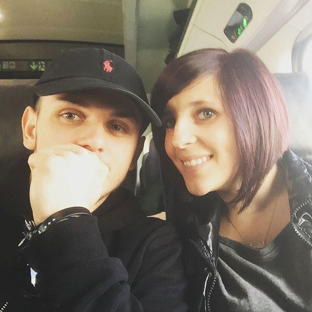 Off to London @c0rail #Kyzo #Kyzokuda #LaMeute #Corail #love #london #londres #england #angleterre #train #eurostar #bboy #bboying #dance #dancer #dancing #break #breakdance #ralphlauren #couple #Repin @kyzokuda