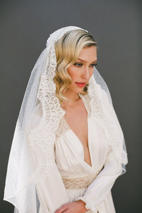 Chantilly Lace Juliet Cap Veil Wedding Veil Polka by veiledbeauty