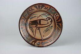 Plate (dishware) - Wikipedia, the free encyclopedia - stoneware