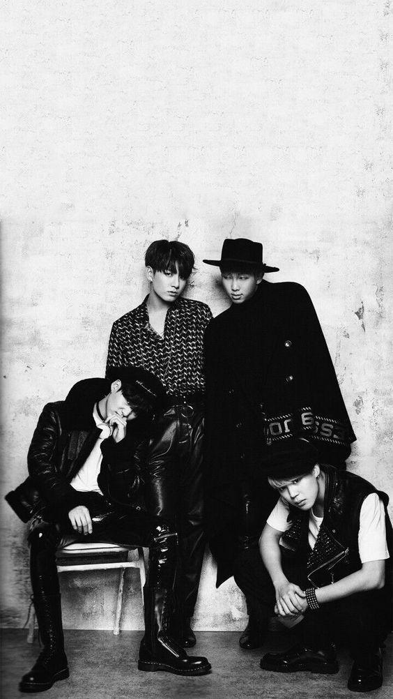 Hey Kim Taehyung Neden Sadece Bel Alti Olan Fotograflarimi Begeniy Hayrankurgu Hayran Kurgu Amreading Books W In 2020 Bts Boys Bts Group Bts Concept Photo
