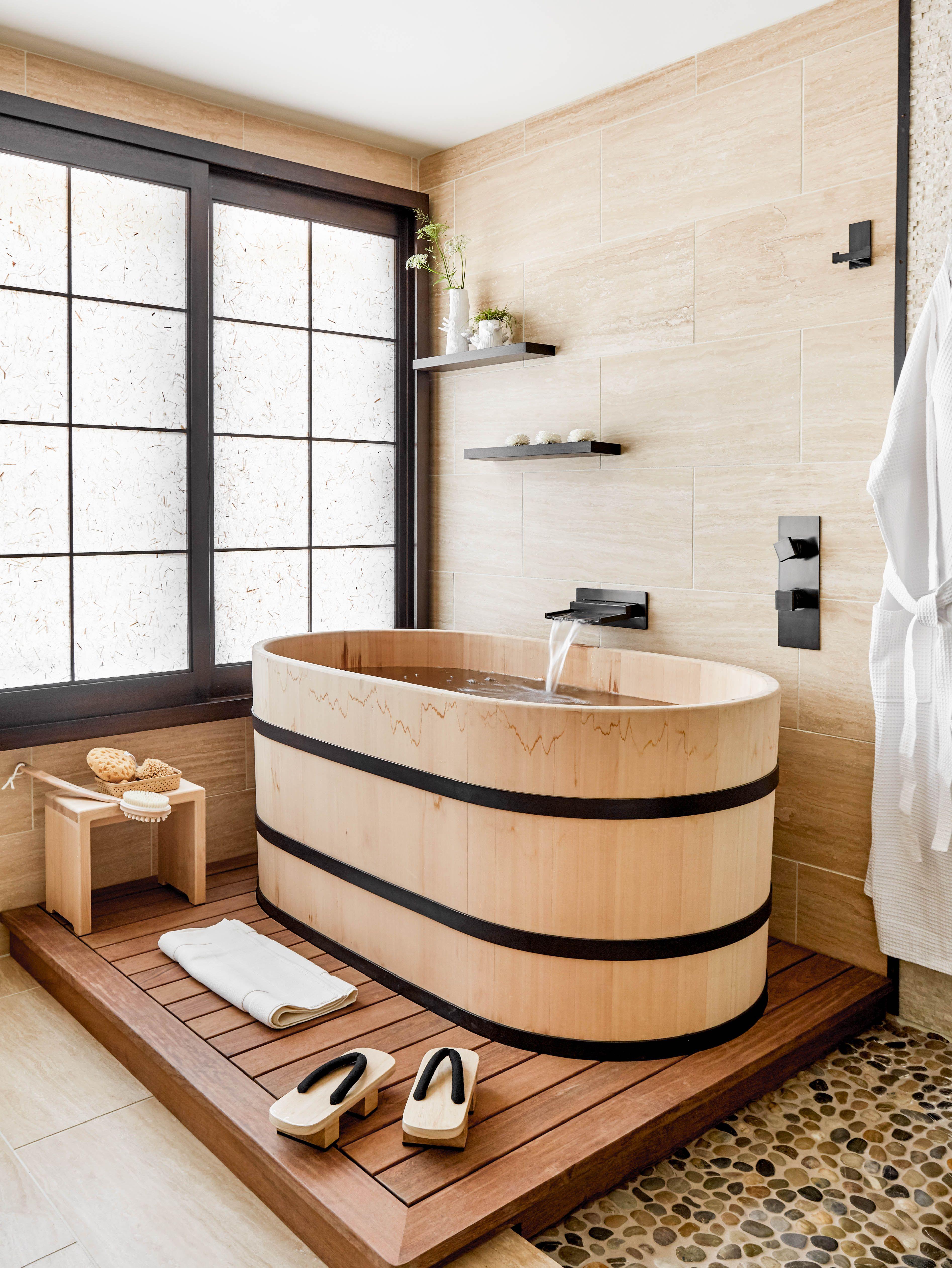Stonehouse Japanese Ofuro Tub Made Of Aromatic Hinoki Wood Hinoki Wood Hinoki