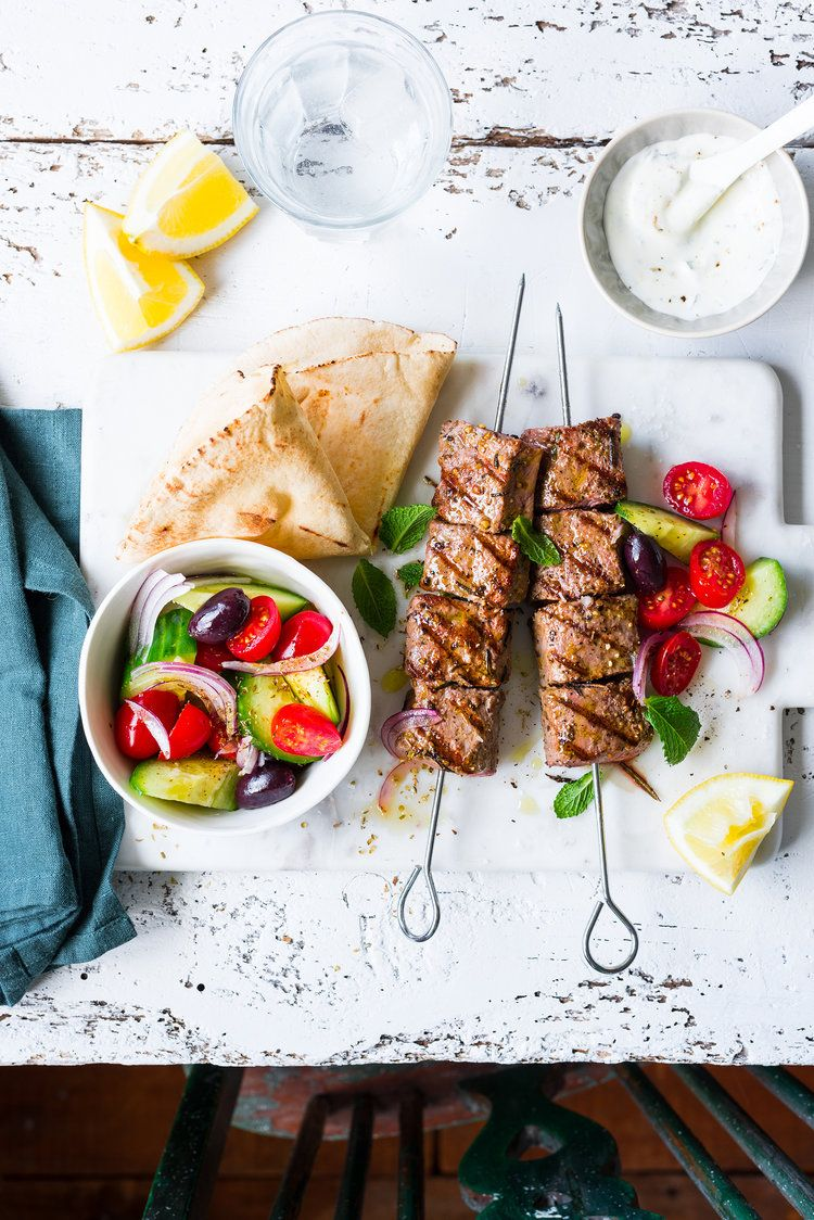 Lamb skewers with chunky greek salad the hungry cook