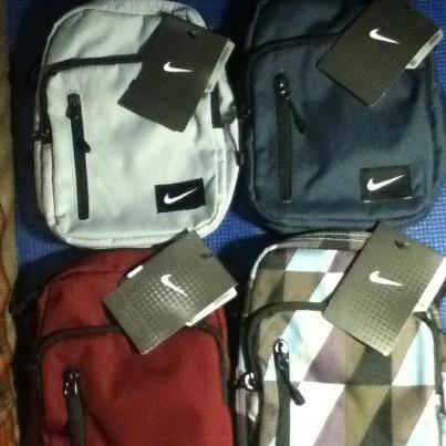 5f1ddd9b4893 Nike Cordura Sling Bag