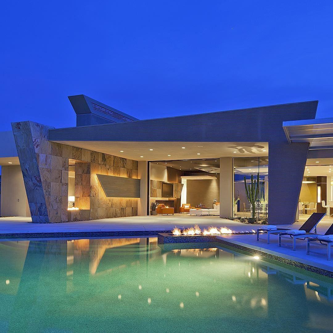 25 Sierra Vista -- An exceptional work of modern art meticulously ...