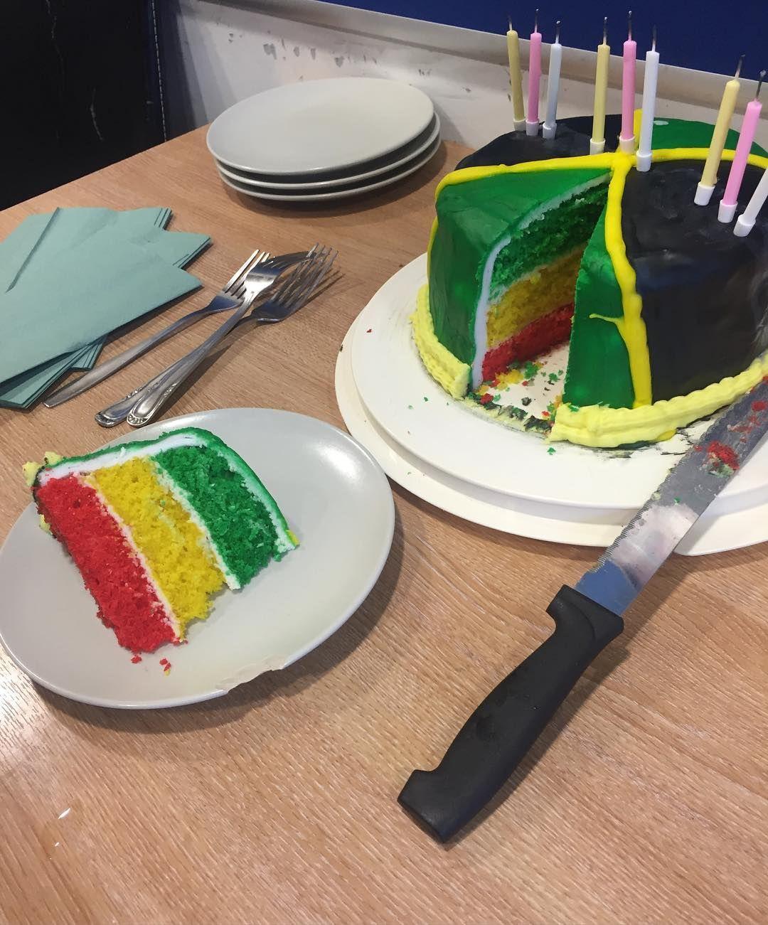 jamaica jamaicacakes jamaicanfood flag happybirthday cake by