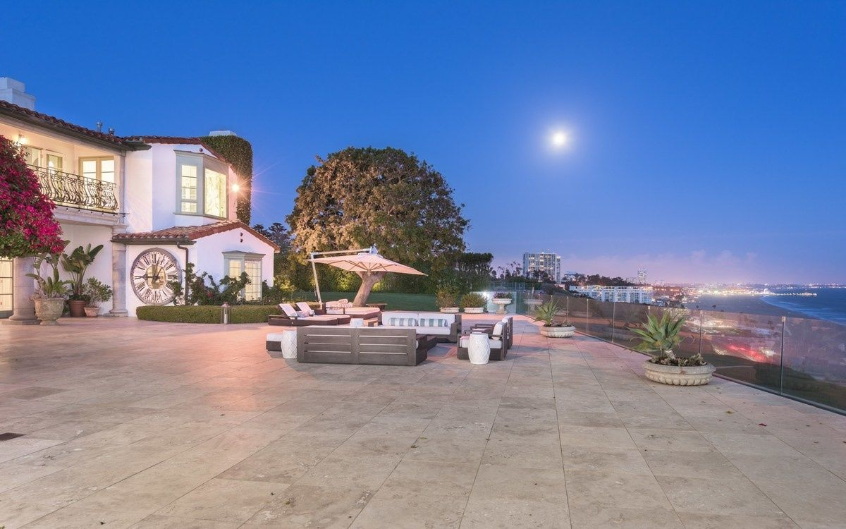 A once in a lifetime opportunity to own this trophy property on arguably the best ocean front street in all of Los Angeles.  The adjacent lot, 14944 Corona Del Mar is also for sale for $10,995,000.  The two properties together create a one of kind opportunity to have one of the greatest ocean estates. Perched high atop the bluffs with breathtaking 180 degree unobstructed whitewater views of the entire Queen's necklace from Palos Verdes to Malibu, this approx. 8,900 SF, 6 bed, 9 bath 1930s…