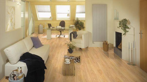 Woodstep Dynamic Basic- Parchet laminat Woodstep de 8 mm grosime, recomandat pentru orice încăpere a locuinţei, nervura fină a lemnului natural conferând un sentiment de căldură şi armonie în orice spaţiu.