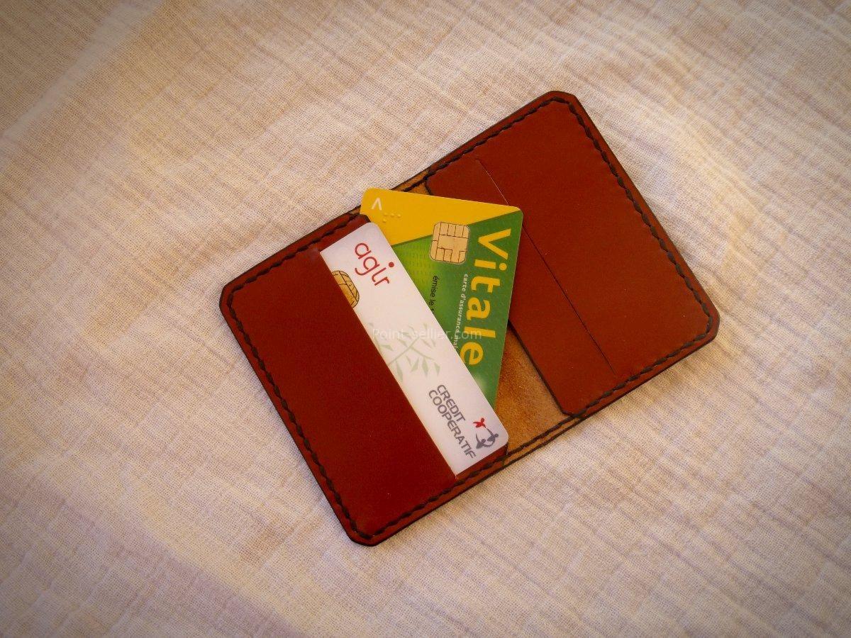 Maroquinerie Artisanale Porte Cartes à Volets En Cuir Format Carte - Porte carte bleue