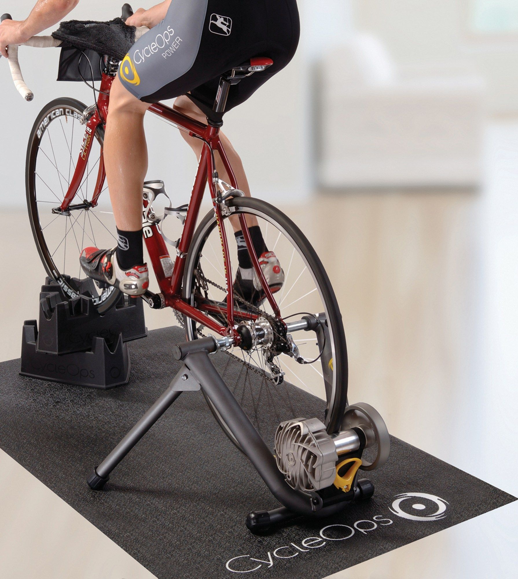 The Cycleops Fluid2 Bike Trainer And Training Kit Give You