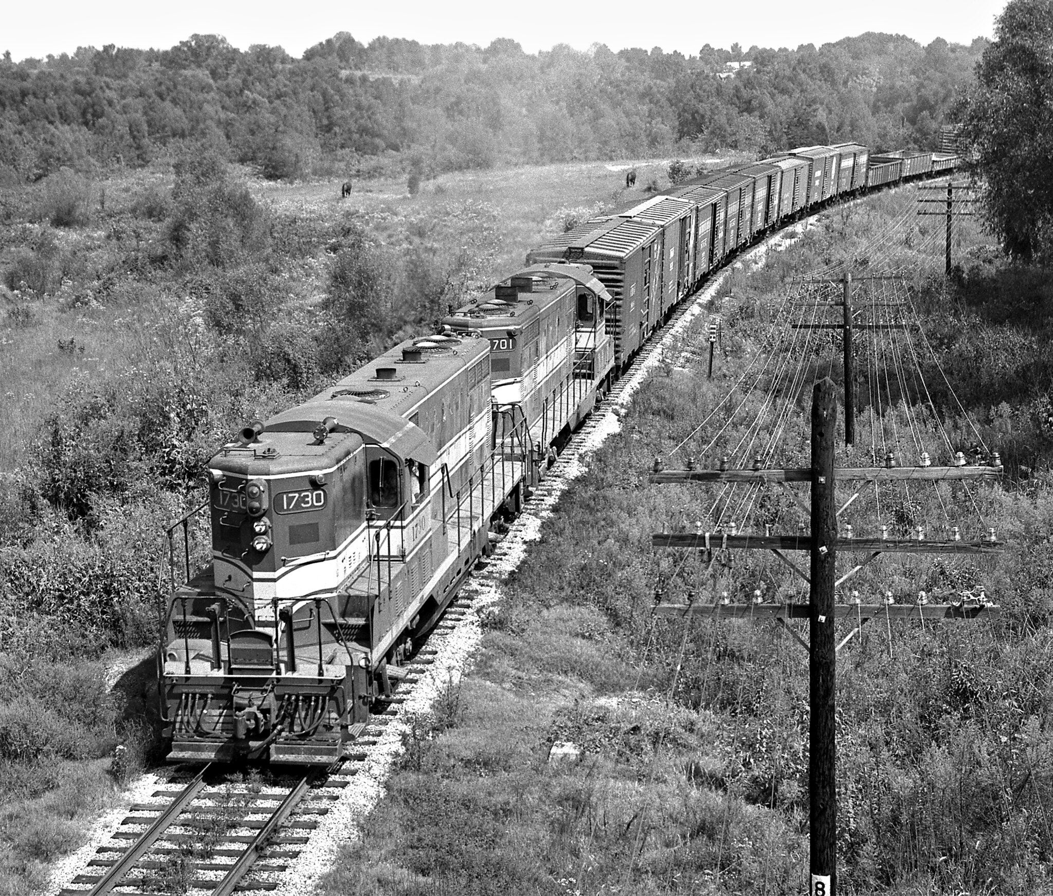 L N Union City Tennessee 1959 Pair Of Ex Nashville Chattanooga And St Louis Railway Gp7 Locomotives H Railroad Photography Train Pictures Railroad History