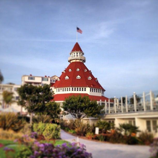 Hotel del Coronado. Photo by caracast1