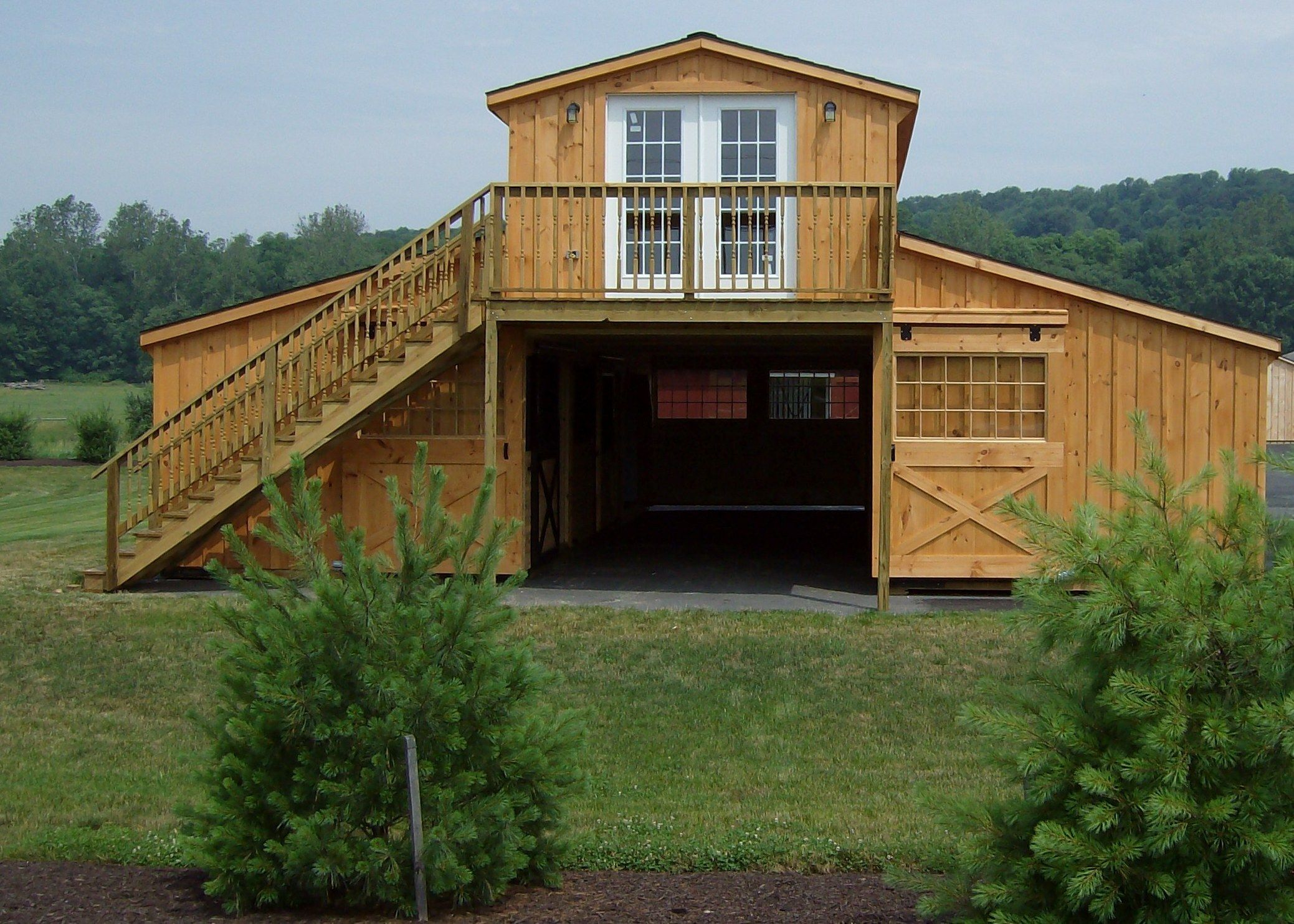 Monitor Barn | Barn apartment, Pole barn homes, Gambrel barn
