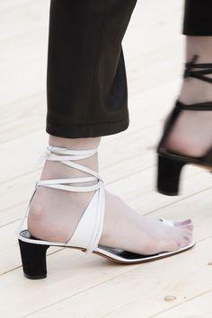 celine sandals toe ring
