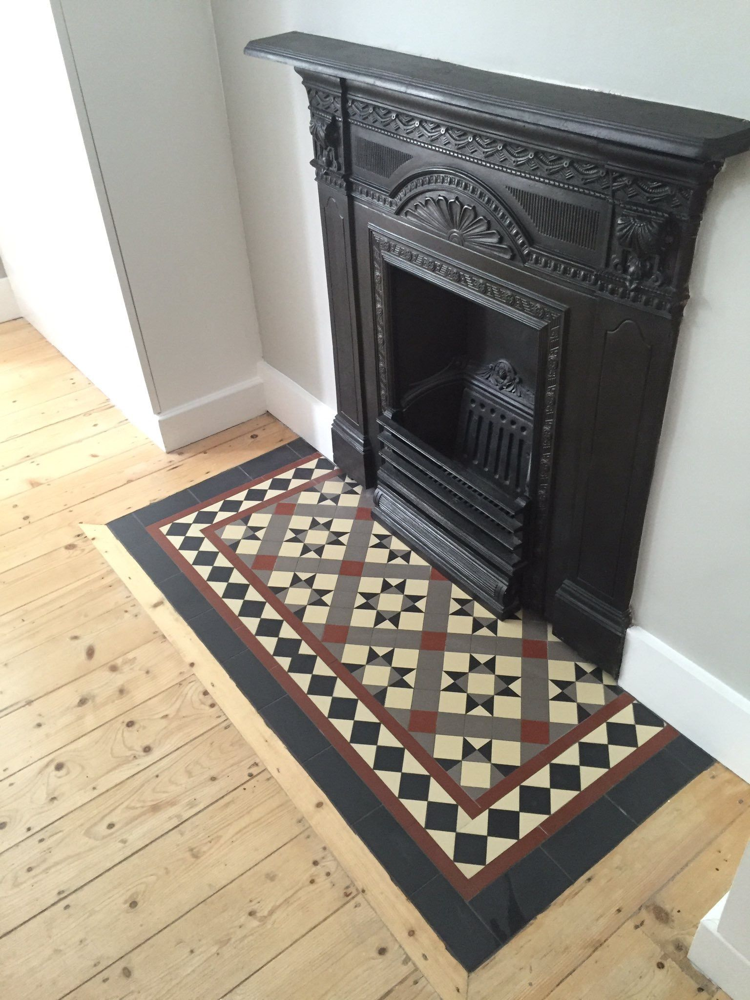 Victorian floor tiles | Fire places. Real and faux ...