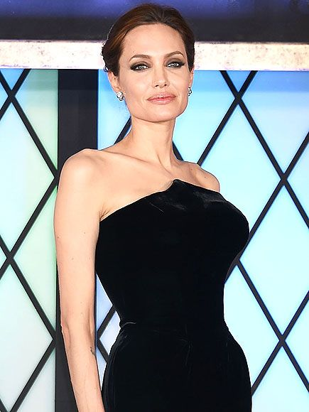 How Angelina Jolie Honored Her Mom At Her Wedding Celebrities