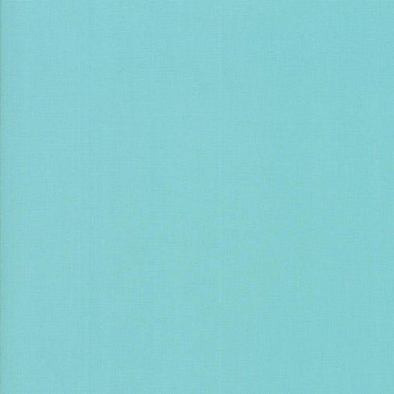 Moda BELLA SOLIDS Quilt Fabric 1/2 Yard - Spray Blue 9900 263