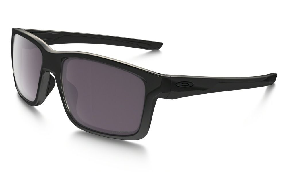 b93612c0bfe Shop Oakley Mainlink PRIZM™ Daily Polarized in POLISHED BLACK   PRIZM DAILY  POLARIZED at the official Oakley online store.