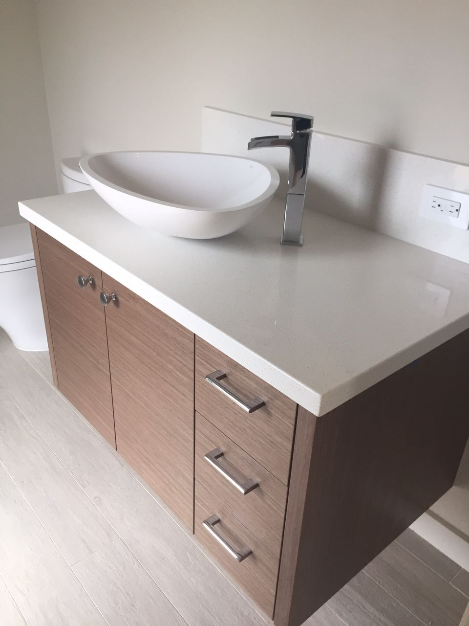 Floating Caesarstone Bath Top By Hawaii Kitchen U0026 Bath. Cabinets By Barker  Kappelle Construction