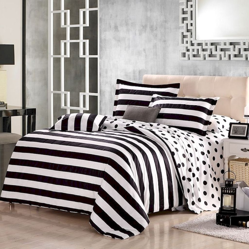 Your Organic Bedroom: Black And White Bedding Sets For Your Dramatic Bedroom