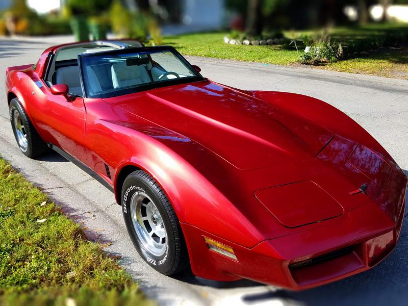 1981 Corvette T Top For Sale In Us A Great Choice To Enter The Hobby Corvette Chevy Corvette For Sale Used Corvette