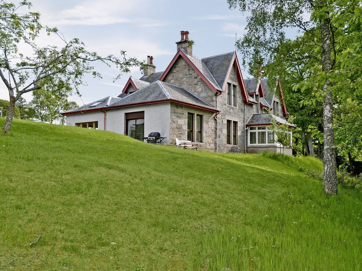 Treetops Newtonmore Inverness Shire Inverness Shire Holiday