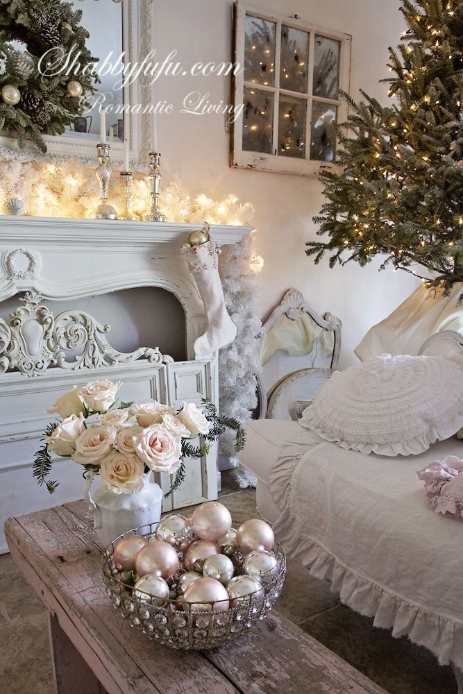 This shabby chic living room decorated for christmas is for Country chic christmas