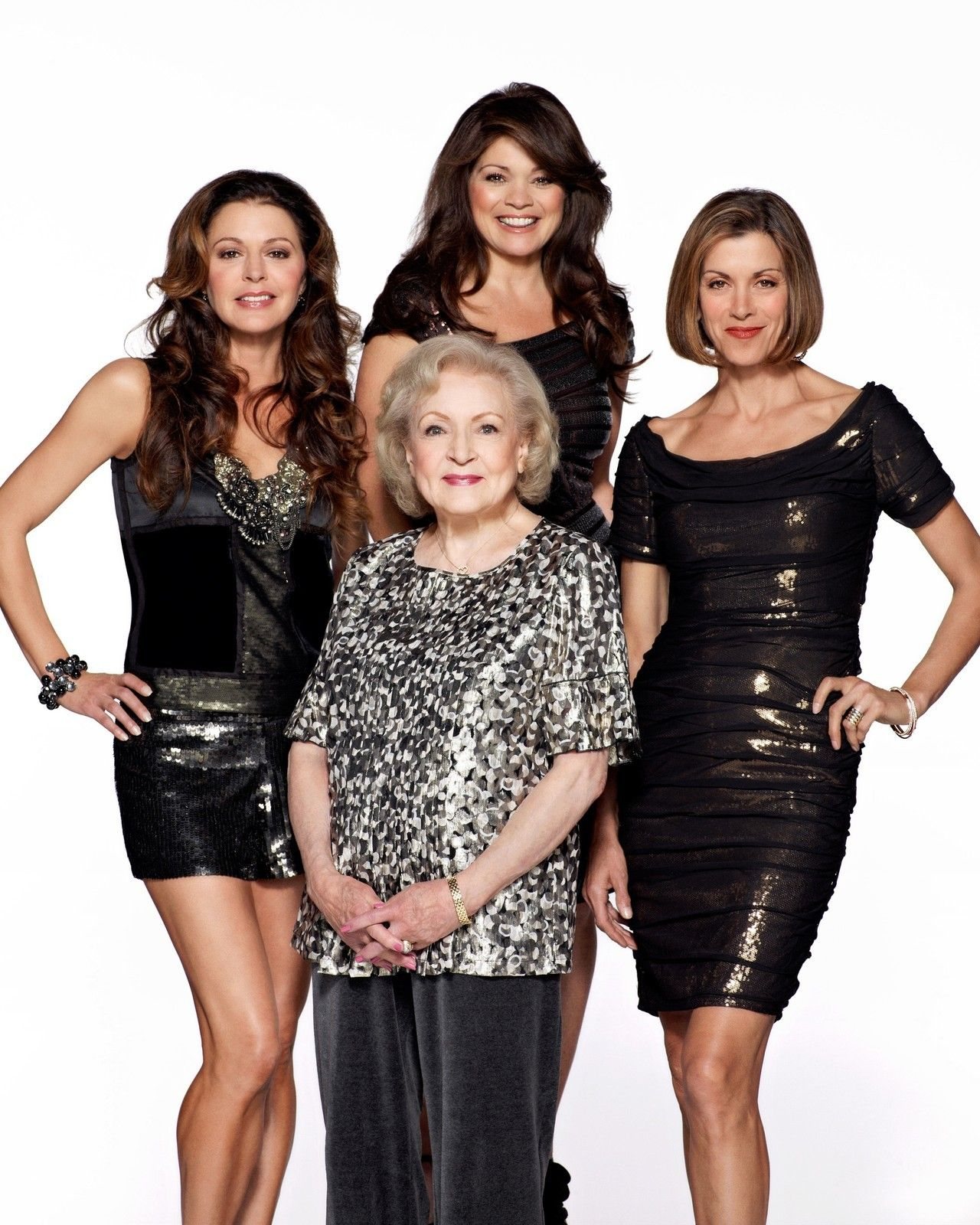 Hot In Cleveland Cast Valerie Bertinelli 8 X 10 Glossy Photo Picture Image 2 Valerie Bertinelli Tv Premiere Betty White
