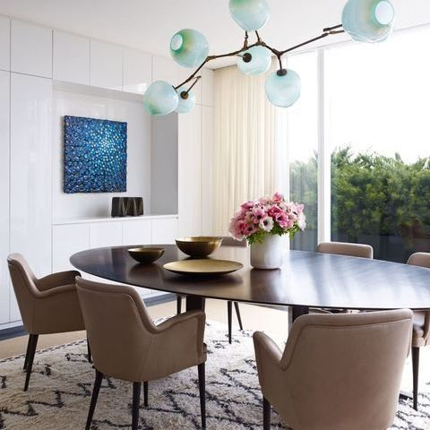 Unique dining room trends this year || Feel the wilderness straight from your property and match the newest interior design trends || #interiordesign #luxuryfurniture #luxuryroom || Explore more: http://homeinspirationideas.net/category/room-inspiration-ideas/dining-room/