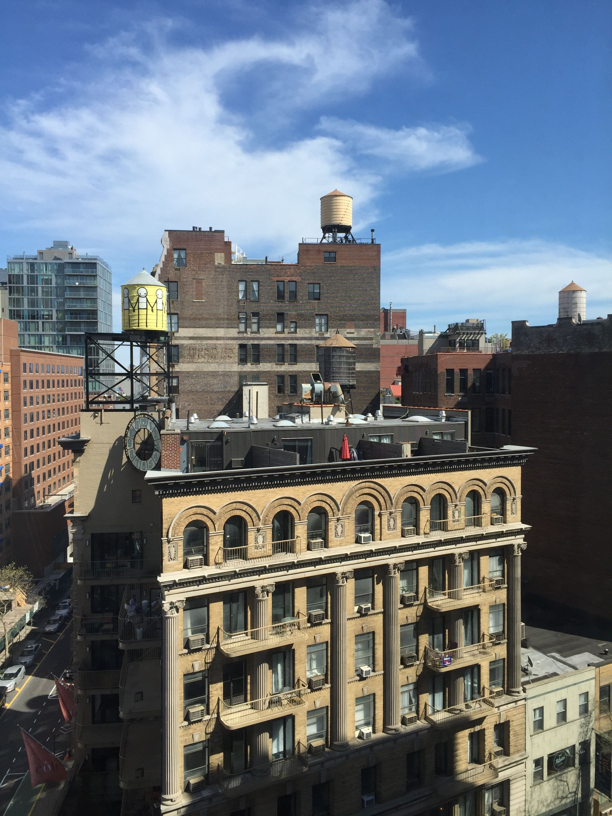 Pin By Alissa Ordabai On Rooms And Rooftops New York Skyline Seattle Skyline Union Square