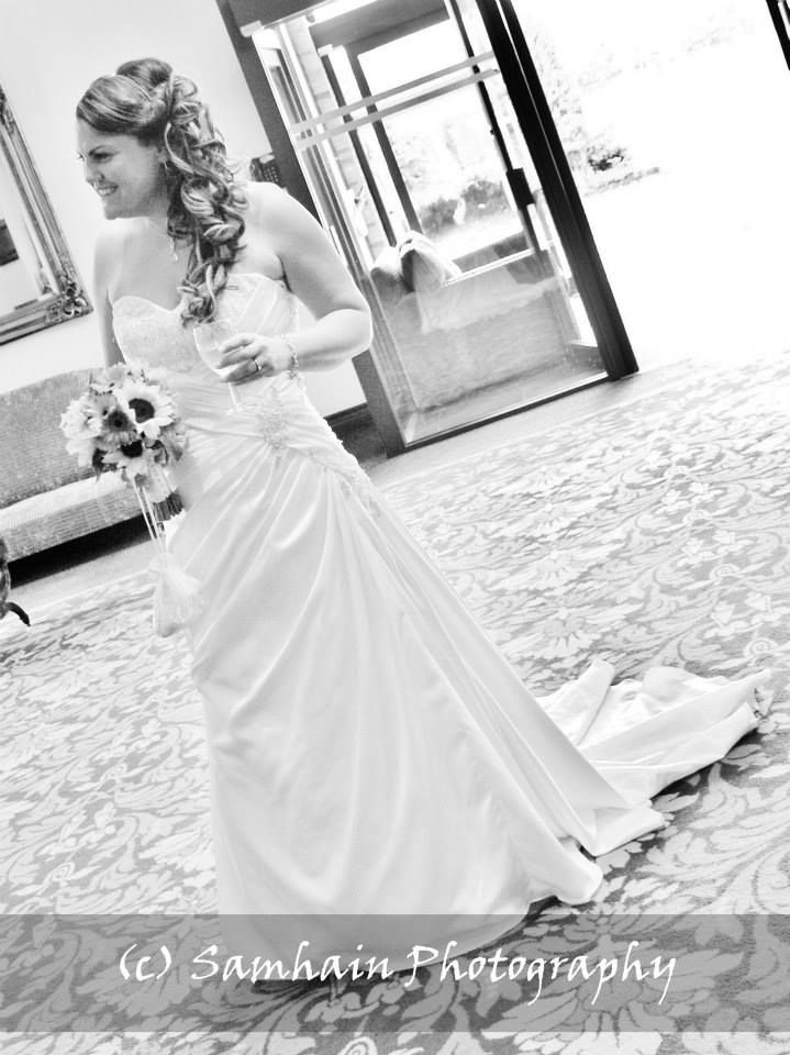 Wedding Photography at the Ramside in County Durham.   A relaxed bride waiting for her que to walk down the isle ---  www.effiesphotography.co.uk  ---  weddings@effiesphotography.co.uk