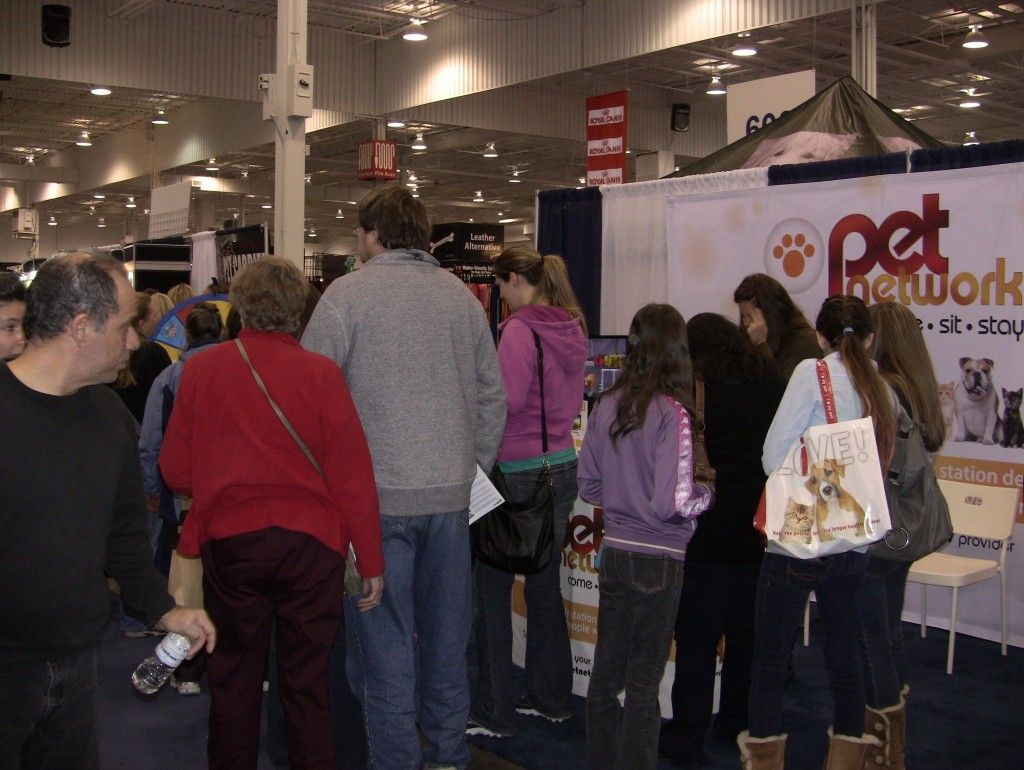 What a fantastic weekend we had at the All About Pets Show, leading up to the Premiere of Talent Hounds on Monday night! The Pet Network was a media sponsor and the booth looked amazing with beautiful new signage, flat screen TVs and of course a spinning prize wheel and grand prize draw. Buy a Prize Wheel at http://PrizeWheel.com/products/floor-prize-wheels/.