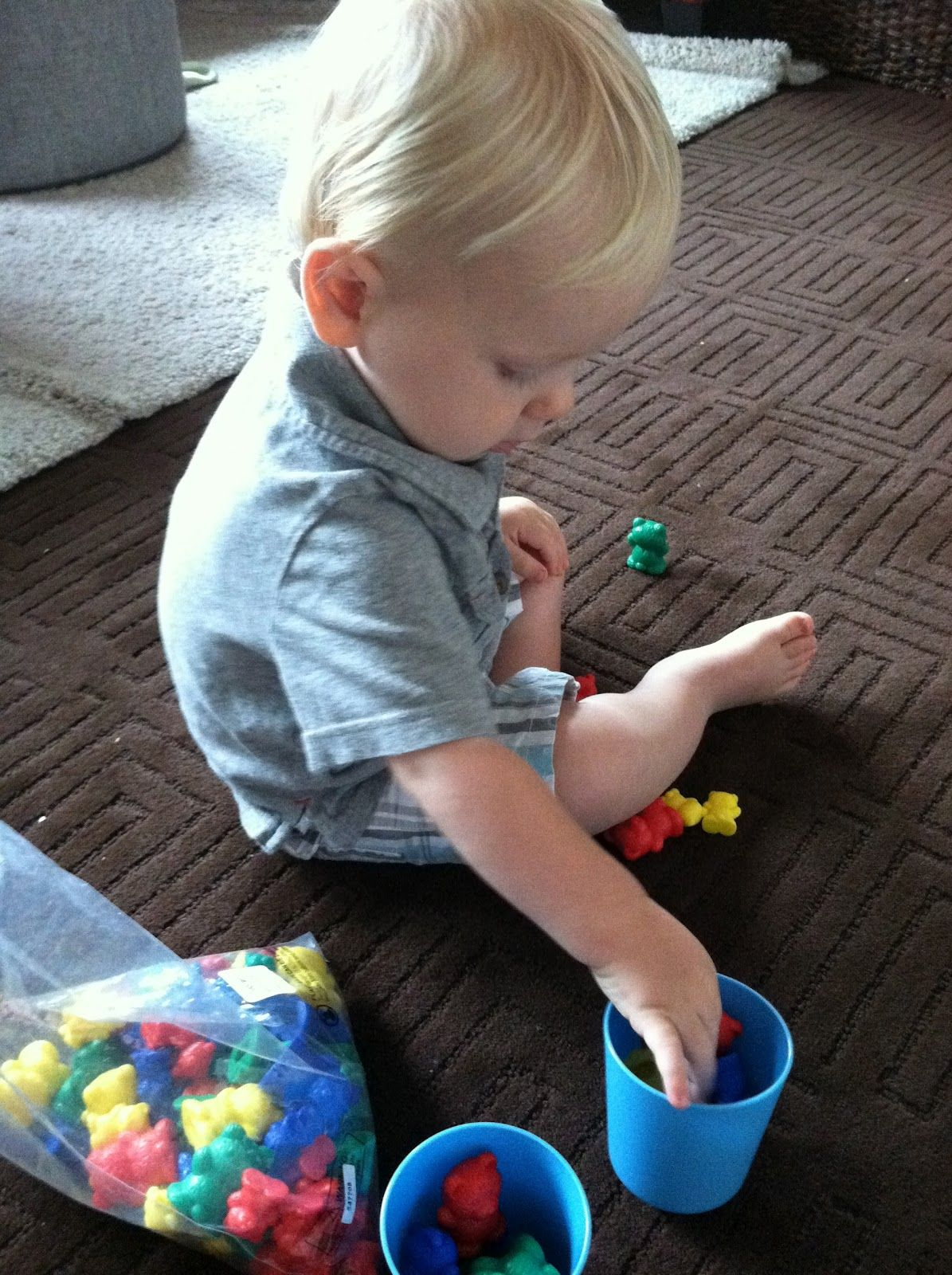 The Activity Mom: Learning with Your 15 Month Old