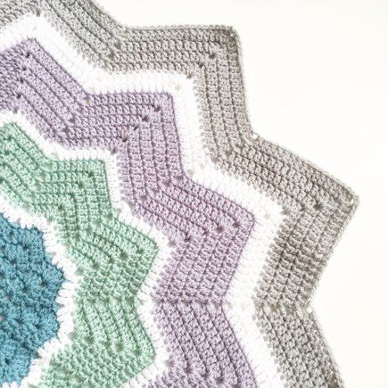 Round Ripple Star Blanket Shared On The Lovecrochet Community Hey