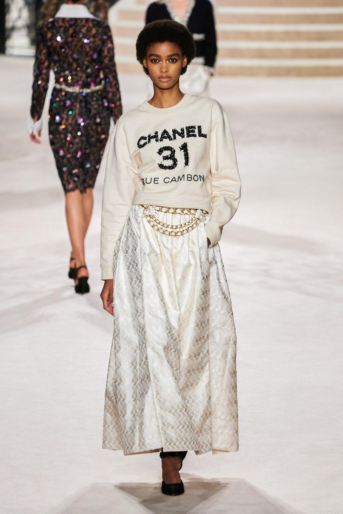 Chanel Pre Fall 20 Fashion Show   Fashion, Fashion week, 20 ...