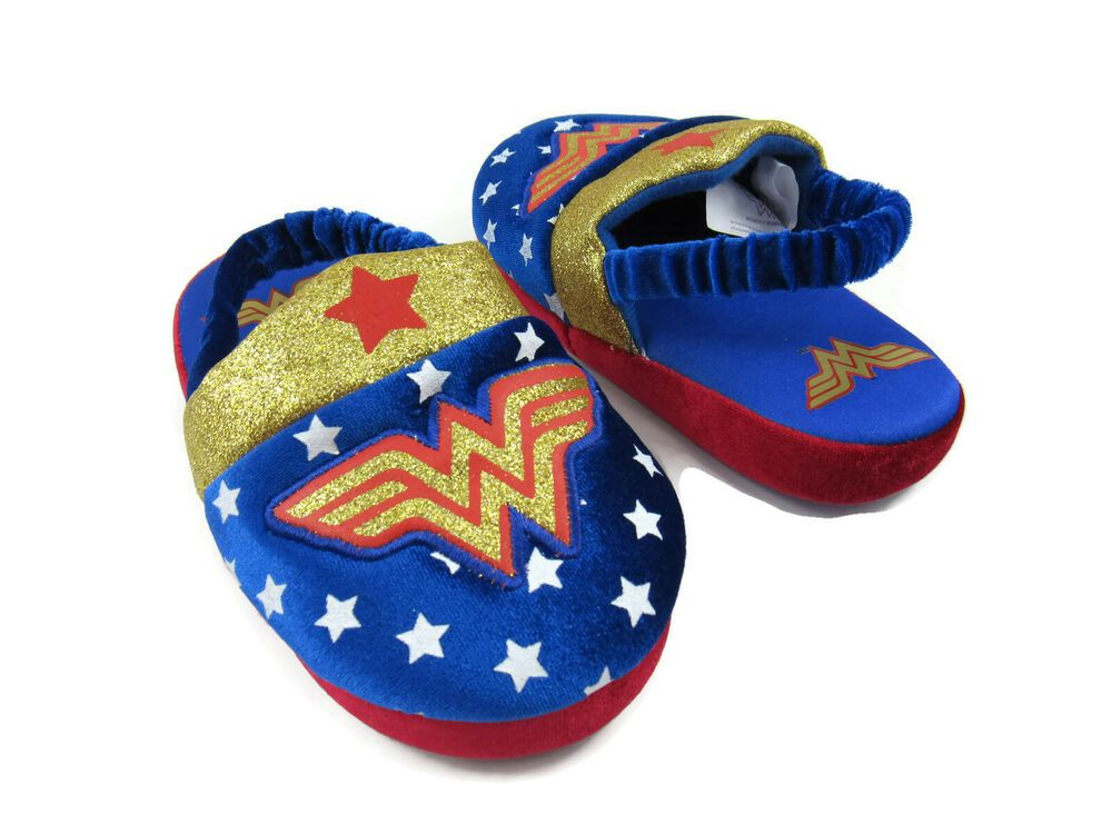 67a1aebbedd8f DC Comics Wonder Woman Toddler Girls Slide On Slippers Shoes Size M (9/10)  New #DCComics #Slippers