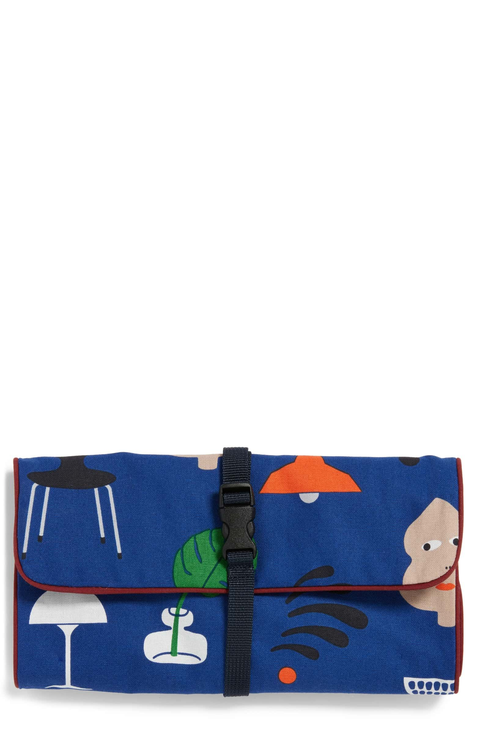0535421f5aa0 OhhLaLa Home Roll Toiletry Pouch, Main, color, BLUE   255555 in 2019 ...