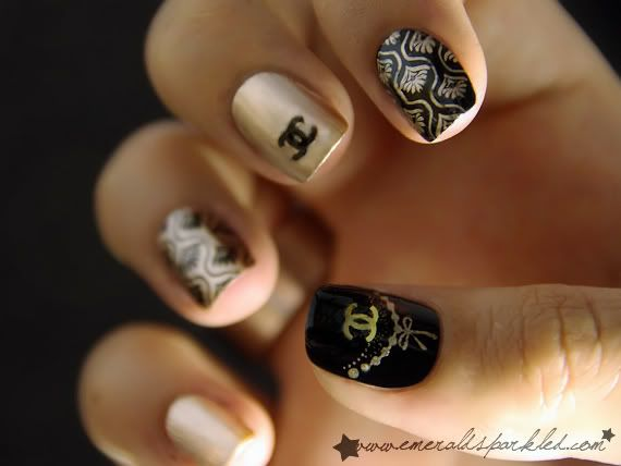 Nice job with stamping, design and doing a variation of gold with black and then black with gold. #nailpolish