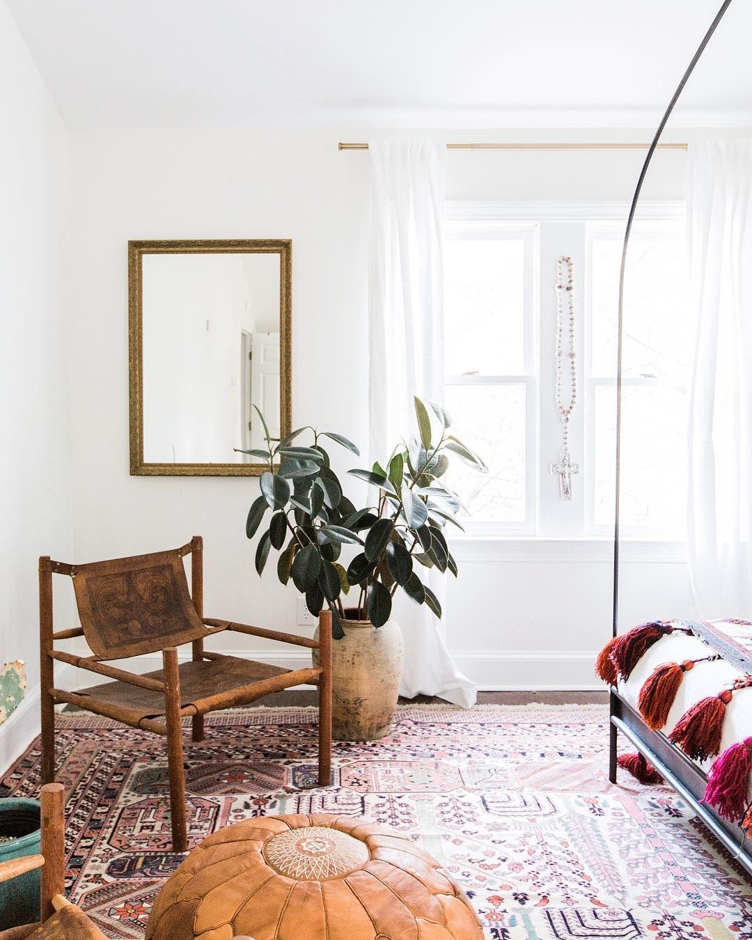 Cozy Corners In @carlaypage's Beautiful Abode. #homestoryinteriors