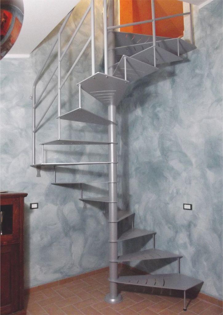 Scala a chiocciola pixis quadra t3 moon scale design for Aziende arredamento toscana