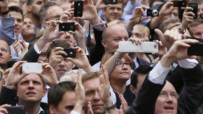 Dos fallos de seguridad ponen en riesgo a 2 mil millones de smartphones. DETALLES: http://www.audienciaelectronica.net/2014/08/04/dos-fallos-de-seguridad-afectan-a-2-mil-millones-de-smartphones/