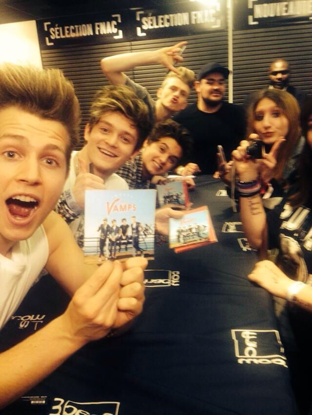 signing their CD