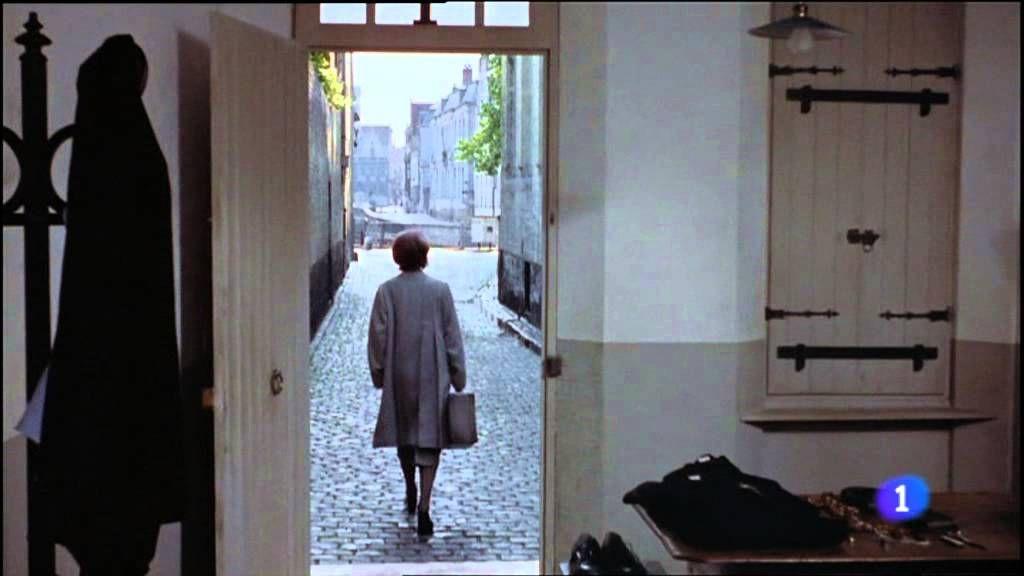 Historia de una monja, última escena