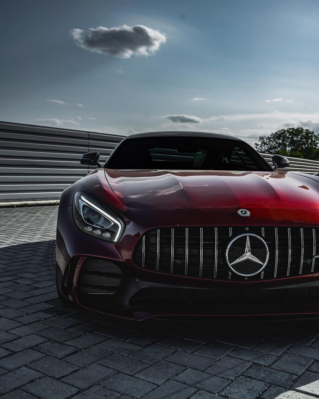 Gucci Benz >> Instagram 上的 Z E D Keep The Snakes Away Unless They Gucci