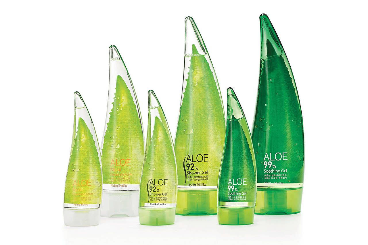Holika Holika Aloe South Korea This Shower Gel Packaging Is Meant To Resemble The Aloe Plant S Shampoo Bottles Design Shampoo Packaging Shower Gel Packaging
